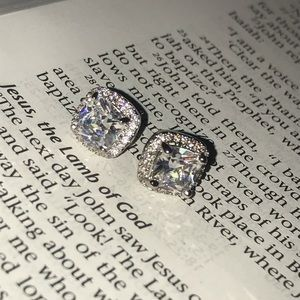 Princess CZ rhineston sterling silver post earring